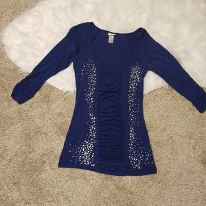 Daytrip top, blue with bling and ruching in front